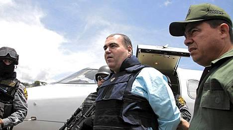 Kolumbiasta karkotettu huumeparoni Walid Makled saapui maanantaina kotimaahansa Venezuelaan.