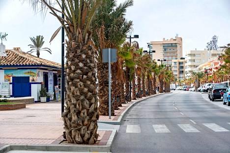 Costa del Solin kaduilla kelpaa kuljeskella talvellakin nahkapohja kengissä, eikä tarvitse pelätä liukastumista.