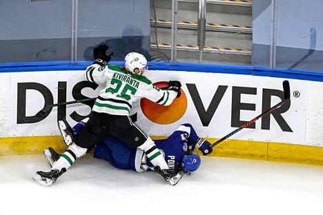 Kiviranta taklasi NHL:n ensimmäisessä finaaliottelussa viikonloppuna rajusti Tampa Bayn tähtihyökkääjää Brayden Pointia. Tilanne johti Dallasin ottelun avausmaaliin.