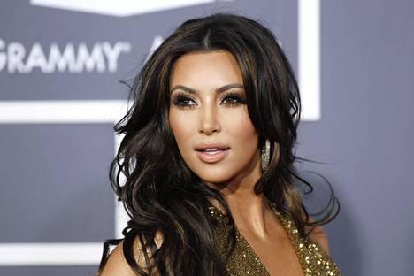 Kim Kardashian seurusteli nuoruudessaan TJ Jacksonin kanssa.