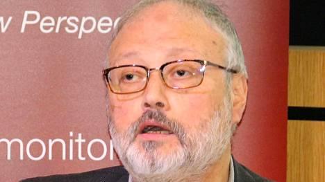 Surmattu sauditoimittaja Jamal Khashoggi Lontoossa muutama päivä ennen kuolemaansa.