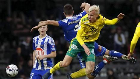 Veikkausliiga pääsee näillä näkymin alkamaan heinäkuussa. Arkistokuva viime kauden ottelusta Ilves–HJK.