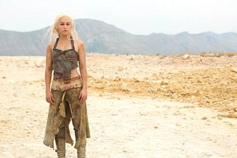 Emilia Clarke oli 24-vuotias silloin, kun Game of Thrones alkoi.