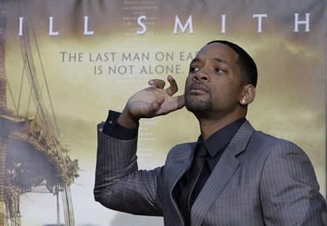Yksin näytteleminen oli Smithille suuri haaste.