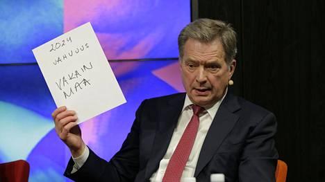 Sauli Niinistö vaalitentissä Sanomatalossa tiistaina.