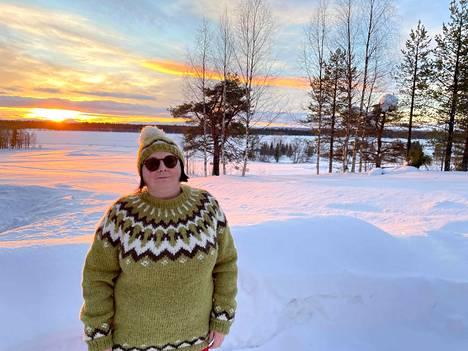Helena Ruotsala kirjoittaa tällä hetkellä Kittilän historiasta ja kansatieteen professori Ilmar Talvesta, jonka syntymästä tuli vuonna 2019 kuluneeksi sata vuotta.