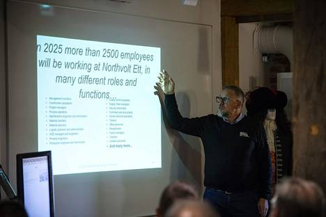 Skellefteån elinkeinojohtaja Bengt Ivansson kävi kertomassa valtavasta akkutehdashankkeesta suomalaisyrittäjille.