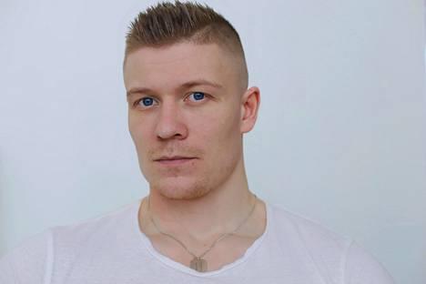 Valmentaja Matias Koistinen.