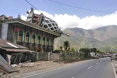 Indonesiassa tämänkesäisissä maanjäristyksissä kuolleiden määrä on noussut jo 555:een. Järistysten pelätään ennakoivan sitä, että kohta voi rytistä myös Kaliforniassa.