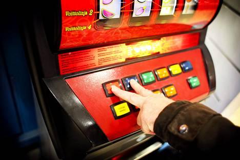 Rahapeliautomaatit olivat pitkään koronan vuoksi suljettuina.