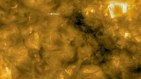 Aurinkoa ei ole koskaan aiemmin päästy kuvaaman näin läheltä. Solar Orbiter lähetti tämän kuvan torstaina 16.7.2020.