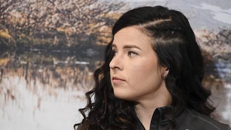 Krista Pärmäkoski tapasi mediaa Lahdessa hiihtokauden alun lähestyessä.