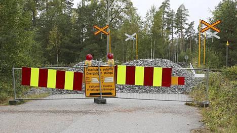0 Skogbyn käytöstä poistettu tasoristeys Raaseporissa.