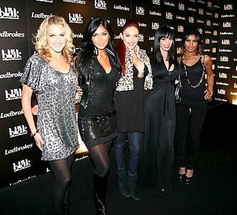 Pussycat Dolls saapui Bläk-klubille myöhään viime yönä.