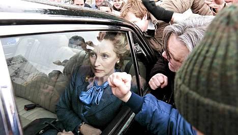 Meryl Streepille povataan Oscaria roolistaan Margaret Thacherina.