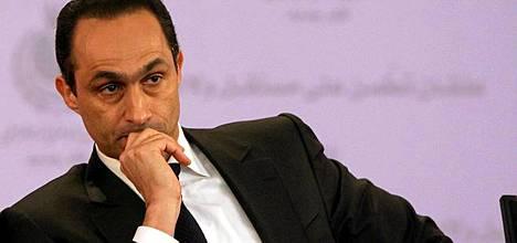 Eronneiden joukossa on presidentti Hosni Mubarakin poika Gamal Mubarak.
