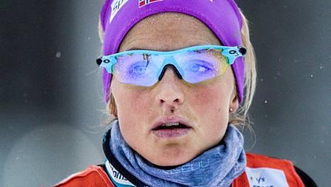 Therese Johaugin olympiaunelma on vaarassa.
