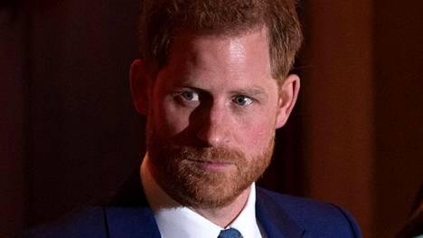 Prinssi Harryn mukaan hänen isänsä siirsi hänelle kuninkaallisessa perheessä periytyvää kärsimystä.