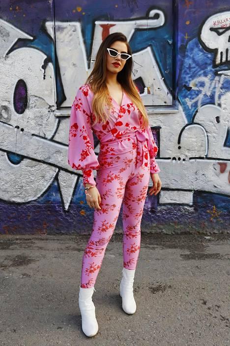 Heidistä on ihanaa, että Flow'ssa ihmiset uskaltavat pukeutua niin kuin haluavat.