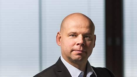 LähiTapiolan tietoturvajohtaja Leo Niemelä sanoo hyviä hakkereita olevan enemmän kuin pahoja.