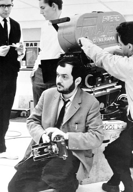 Tunnetun salaliittoteorian mukaan Kuu-huijauksen ohjasi Stanley Kubrick.