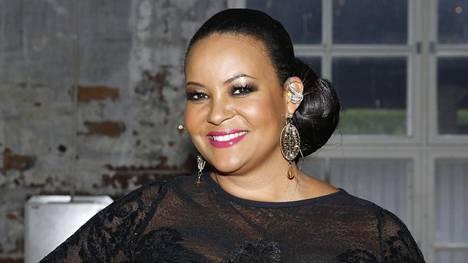 Lola Odusoga valittiin Miss Suomeksi 24 vuotta sitten. Hän on sittemmin luonut uran viihteen ja television parissa.