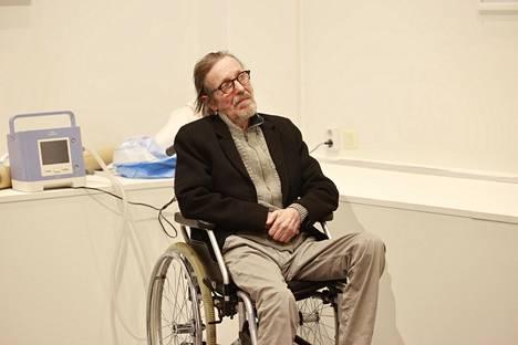 Pave Maijanen yllätti kaikki iloisesti, kun hän saapui valokuvanäyttelynsä avajaisiin viime lokakuussa.
