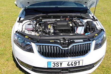 Yksilitraisessa bensiinimoottorista irtoaa viisi hevosvoimaa enemmän huipputehoja kuin korvattavasta 1,2-litraisesta. Vääntömomentti kasvaa 25 newtonmetriä.