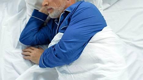Alzheimerin tauti on aivoja rappeuttava etenevä muistisairaus, jonka yleisyys kasvaa voimakkaasti iän myötä. Tuore yhdysvaltalaistutkimus osoittaa, että unihäiriöt saattavat vaikuttaa taudin kulkuun.