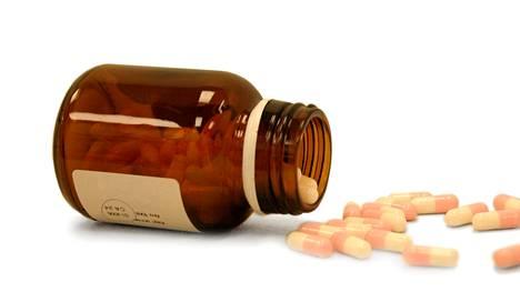Kolme viidestä suomalaisesta käyttää säännöllisesti vähintään yhtä lääkärin määräämää lääkettä.