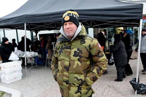 MC Cannonball jakoi vuonna 2016 Tranbergin johdolla joulukinkkuja vähävaraisille Helsingin Myllypurossa. Kinkkujako päätyi poliisin tutkintaan, koska kinkuista ei maksettu niiden toimittajalle.
