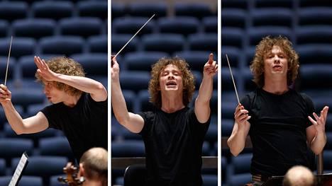 Liikkeet, ilmeet ja eleet ovat iso osa orkesterin johtamista.