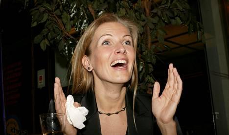 16 169 ääntä vuoden 2003 eduskuntavaaleissa saanut Tanja Karpela intoutui vaali-iltana mojovasta äänipotista.