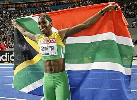 Etelä-Afrikan Caster Semenya voitti ylivoimaisesti naisten 800 MM-kultaa Berliinissä - ja joutui valtavan sukupuolikohun keskelle.