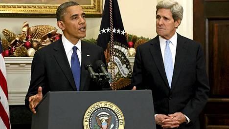 Presidentti Barack Obama esitteli uuden ulkoministerinsä John Kerryn perjantaina.