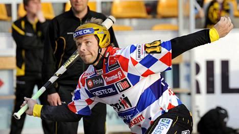 """Suomalainen huippu-urheilija avautuu nuoruuden tragediasta yksityiskohtaisesti: """"Hän nappasi pyssyn sieltä mukaansa"""""""