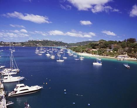 Efaten saari on Vanuatun pääsaari, jolla myös pääkaupunki Port Vila sijaitsee.