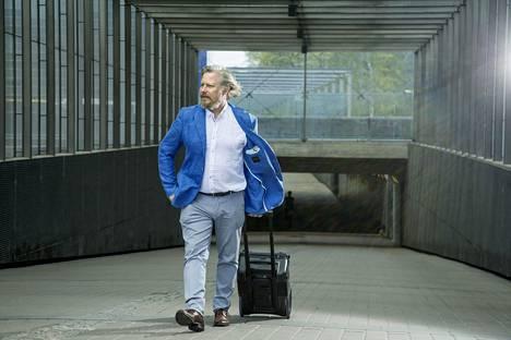 Jyrki Sukula reissasi viiden vuoden ajan ympäri Suomea auttamassa ravintolayrittäjiä saamaan liiketoimintansa elpymään.