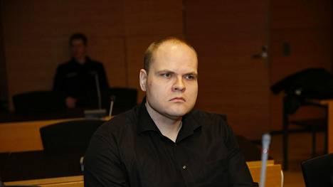 Markus Pönkä käräjäoikeudessa.