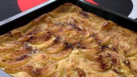 Täydellisen omenapannarista tekee uunipellillä sulatettu, ruskistettu ja paahtunut voi.