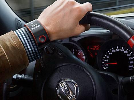 Nissan on aktiivinen autojen älyn kehittäjä. Nyt se on yhdistänyt auton ja kuljettajan tiedot samaan kelloon.
