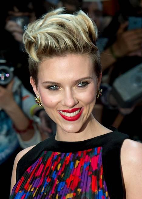 Mitäköhän mieltä oikea Scarlett Johansson on hänestä tehdystä robotista?