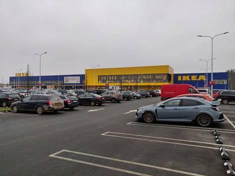 Riian lähellä sijaitseva Ikea-myymälä.