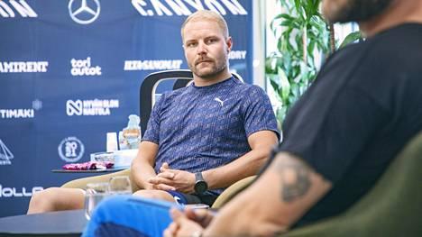Valtteri Bottas kertoi kuulumisistaan ja kotiseuturakkaudestaan lauantaina  Nastolassa.