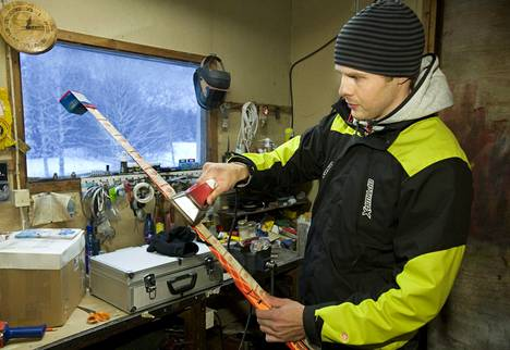 Toimitusjohtaja, entinen maajoukkuehiihtäjä Jari Joutsen ei anna Kansainvälisen hiihtoliiton johdolle valtiomieskohtelua.