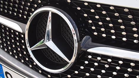 Mercedes-Benz varautuu muutoksiin.