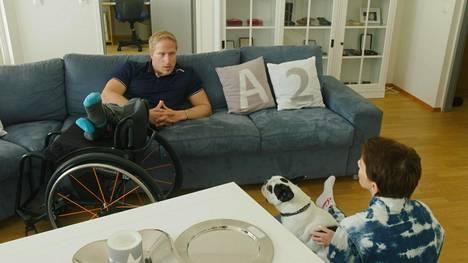 Leo-Pekka Tähti ja Maria Veitola puhuvat sarjassa syvällisesti elämän eri osa-alueista.