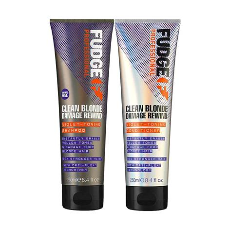 Fudge Professional Clean Blonde Damage Rewind Violet Toning Shampoo, 26 € / 250 ml, ja Conditioner, 26 € / 250 ml.