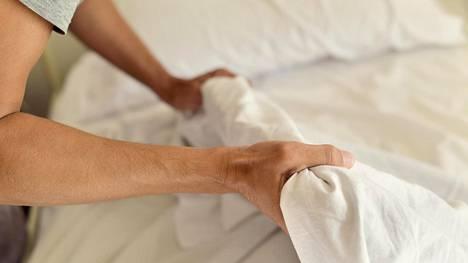 Sängyn päivittäinen petaaminen on yksi siistien ihmisten perusasioista.
