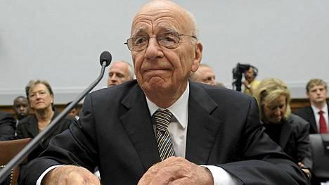 Mediamoguli Rupert Murdochin tv-kanavakaupat halutaan estää brittihallituksessa.